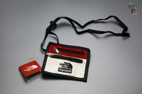Нагрудная сумочка Supreme+The North Face