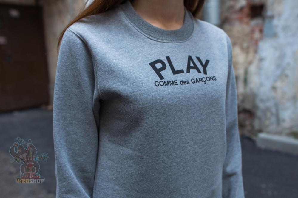 Свитшот Play серый