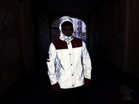 Куртка Тhe North Face x Supreme красная