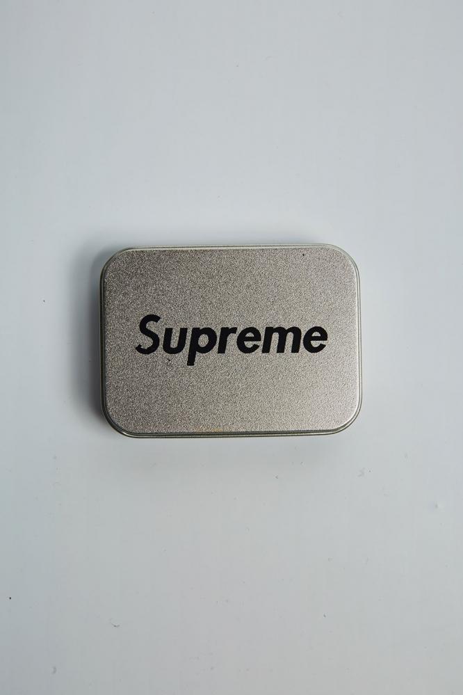 Зажигалка Supreme