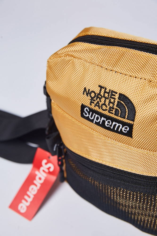 Бананка The North Face х Supreme