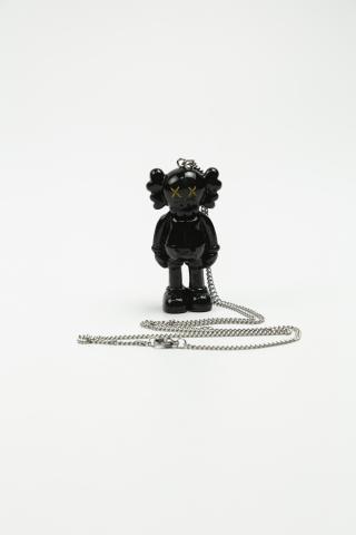 Цепочка + фигурка Kaws черная