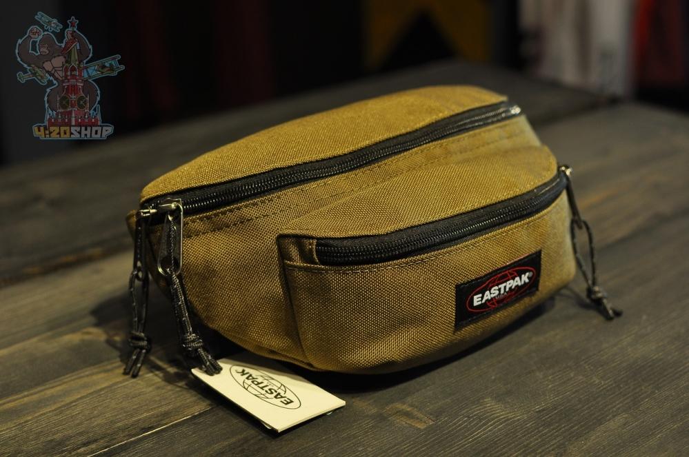 Бананка Eastpack коричневая