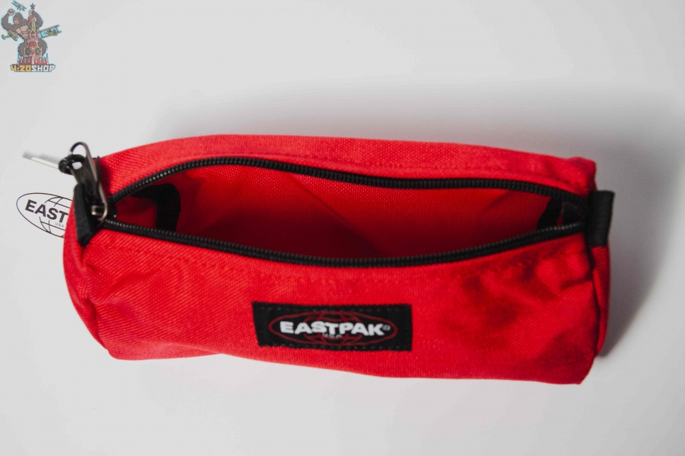 Пенал  Eastpak красный